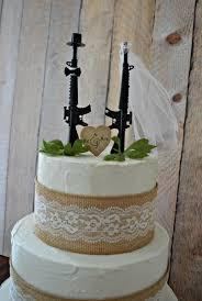 army wedding cake toppers 13 gun grooms theme cakes photo army groom wedding cake topper