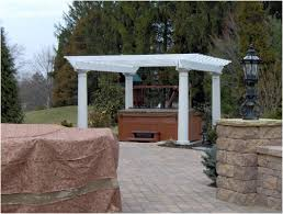 Wooden Pergola Designs by Creating A Wooden Pergola Design As The Perfect Tub Compliment