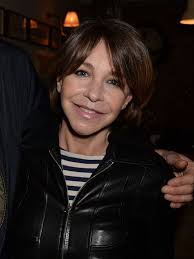 how are female celebrities dealing with thinning asg ing hair men behaving badly star leslie ash speaks out about ten year