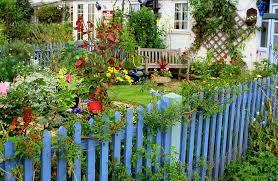 Types Of Garden Fences - picket fence designs pictures of popular types designing idea