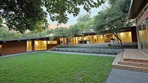 This Mid Century Modern North Dallas Ranch Really Puts The M - Midcentury modern furniture dallas