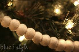 West Elm Christmas Tree Decorations by Seasonal Style A Beautifully Baby Friendly Christmas Tree Blue