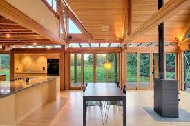 mountain homes interiors chic mountain home of glass and wood