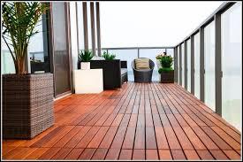 balkon fliesen holz balkon fliesen holz fliesen house und dekor galerie 37a6zkoadk