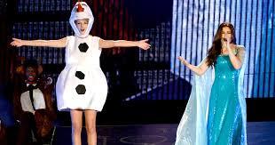 Elsa Frozen Halloween Costume Taylor Swift Idina Menzel Dress Frozen Characters Sing