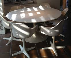 Tulip Table And Chairs Burke 60