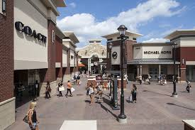 about cities premium outlets a shopping center in eagan