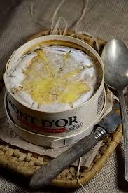cuisiner un mont d or mont d or au four la boîte chaude recette tangerine zest