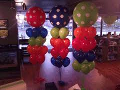 seattle balloon delivery balloon bouquets cupcakes seattle bellevue burien