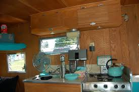 Trailer Kitchen Cabinets Vintage Aloha Trailer Pictures And History From Oldtrailer Com