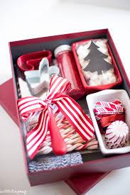 christmas gift ideas 25 simple gifts for neighbors this christmas