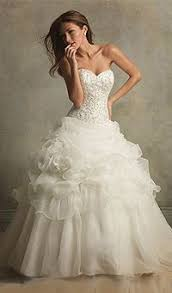 city wedding dress monday s memorable wedding moments carrie and big s wedding