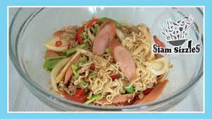 Noodle Salad Recipes Spicy Instant Noodles Salad Recipe Yum Mama Youtube