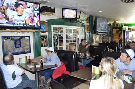the breslin bar and dining room dagwoods tavern and grill in lansing michigan is great food and