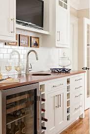kitchen tv ideas 25 legjobb ötlet a következőről kitchen tv a pinteresten