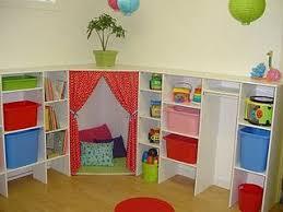 jeux de rangement de la chambre salle de jeux chambre enfant cacher et chambres