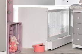 theme etoile chambre bebe déco deco etoile chambre bebe 18 tours 23212108 vinyle inoui