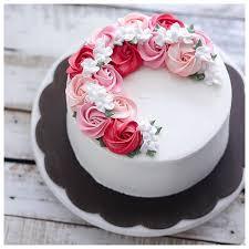 cake designs buttercream cake designs best 25 buttercream birthday cake ideas