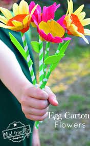 egg carton u0026 paper straw flower craft for kids to make