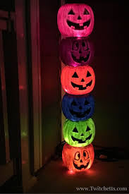 weathered plastic pumpkin totem pole easy halloween decorations