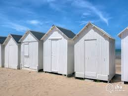 cabine de plage bois location saint pierre le vieux pour vos vacances avec iha