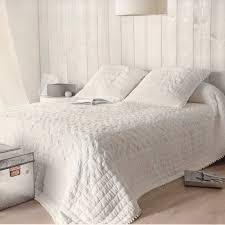 jeté de canapé alinea couvre lit boutis maison du monde cool maisons du monde with