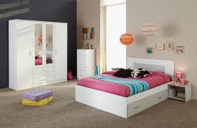 chambre adulte bois ides de chambre a coucher en bois blanc galerie dimages