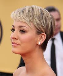 short hairstyle to tuck behind ears kaley cuoco short straight formal hairstyle light blonde