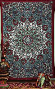 Wall Tapestry Bedroom Ideas Best 25 Boho Tapestry Ideas On Pinterest Tapestry Bedroom Boho
