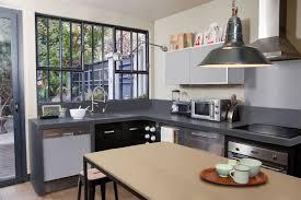 peindre sa cuisine en impressionnant peindre une cuisine en gris avec cuisine moderne