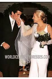 Wedding Dress For Less Carolyn Bessette Kennedy Simply Gorgeous Celebrity Wedding Dresses