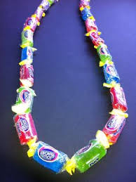 Where To Buy Candy Leis Love This Candy Lei Way Prettier Than The Simple Version May