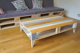 canap en palette de bois plan canapé en palette lovely 100 ides de table basse avec des