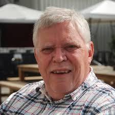 Och så profilbilden som är tagen av en ungdomsvän, Per-Eric Andersson. Han bor fortfarande kvar. 2012. Mellanformataren. PS Nästa månad är jag ikapp! - 323098