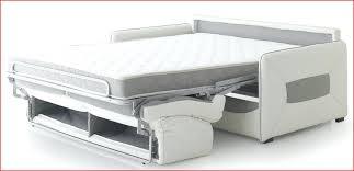 matelas pour canapé lit canapé convertible couchage quotidien bultex intelligemment
