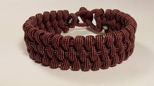 woven survival bracelet images How you can make this four strand woven plait paracord bracelet jpg