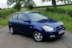hyundai hatchback hyundai accent hatchback review 2006 2009 parkers