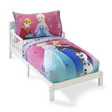 amazon com crown crafts 4 piece disney frozen toddler bedding set