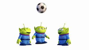toy story 3 fussball aliens
