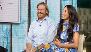 Joanna Gaines Facebook Chip Gaines Net Worth At Stake The U0027fixer Upper U0027 Star Is Being Sued