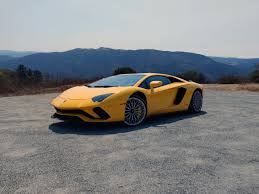 future lamborghini flying 2017 lamborghini aventador s review autoguide com news