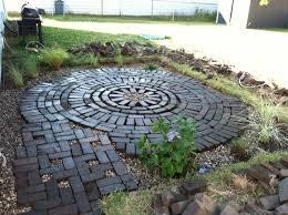 Round Patio Pavers by Creative Endeavors Brick Patio Tutorial Garden Pinterest
