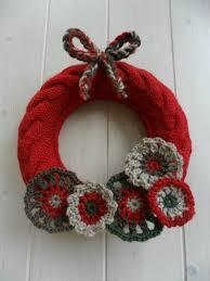 couronne de noël fêtes pinterest crochet noel and wreaths