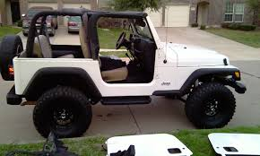 white jeep 2 door jeep no doors and no top g3 jeeps