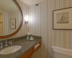 Comfort Inn Virginia Beach Oceanfront Virginia Beach Hotel Rooms Standard Guest Rooms Hilton