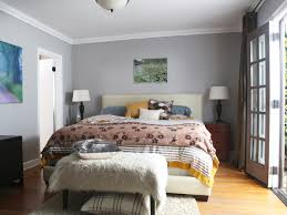 Grey Color Walls Bedroom White Wood Platform Bed White Matress Gray Color Wall