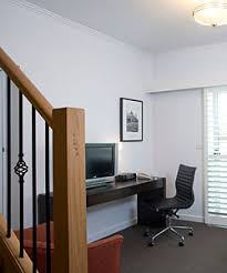 2 Bedroom Apartments Melbourne Accommodation 2 Bedroom Deluxe Apartments Melbourne Alto Hotel On Bourke