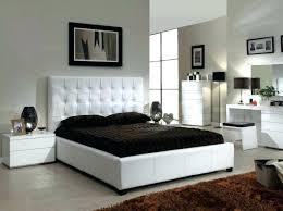 chambre a coucher noir et gris deco noir et bois cool deco noir et or deco chambre noir decoration