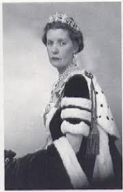 karen spencer countess spencer saturday sparkler the spencer honeysuckle tiara the court jeweller