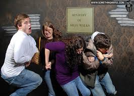 Haunted House Meme - photoshopped haunted house freak out reactions 54 pics picture
